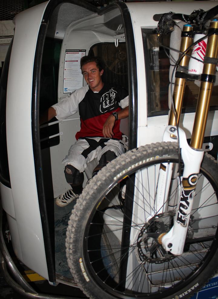 Jeremias Maio, campeon argentino, visitó Chapelco para probar el circuito.