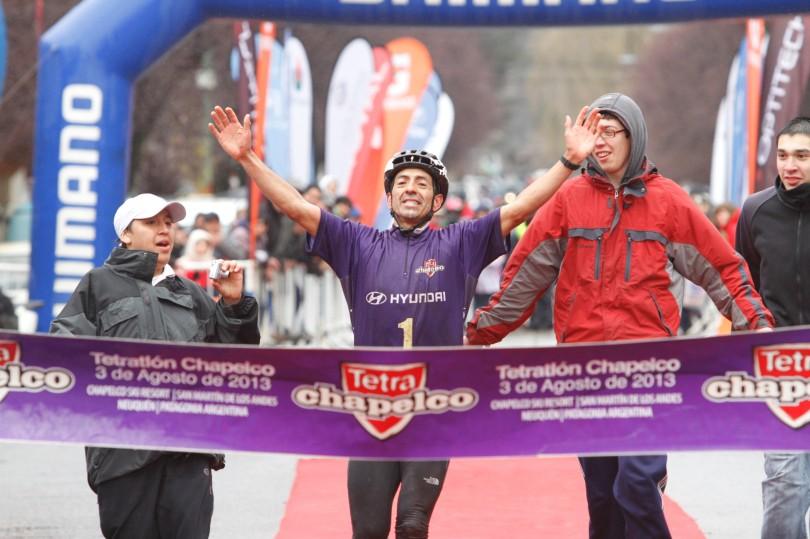 Tetratlon de Chapelco 2013, Ricardo Curruhinca ganador_MG_0380