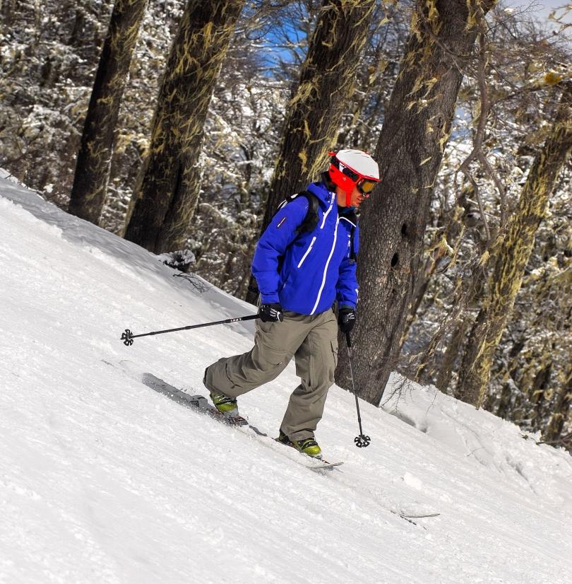 Chapelco 2013 - Antoine Bouvier, campeon mundial de telemark, sorprendido por los bosques de Chapelco.