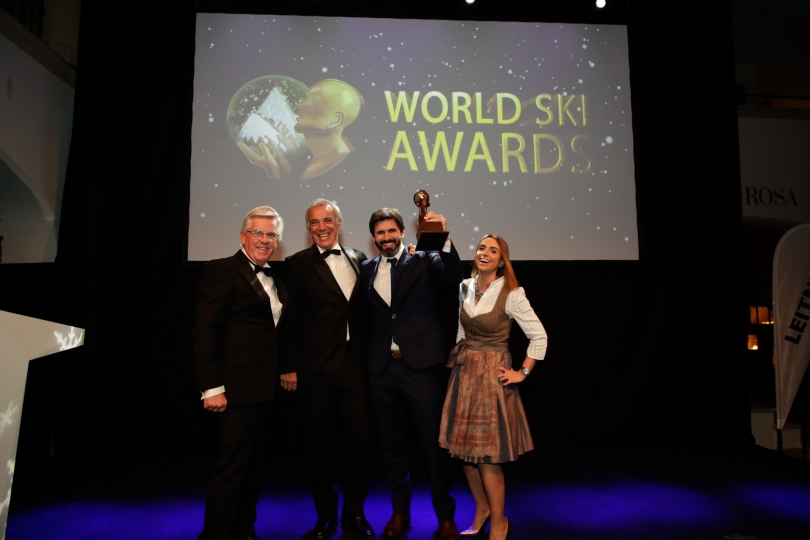 Juan Cruz Adrogue y Federico Lopez Jallaguier en la premiacion de los World Ski Awards 2018