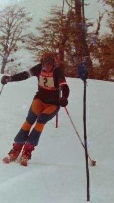 El sweater original, en los comienzos de le escuela de esqui Chapelco.